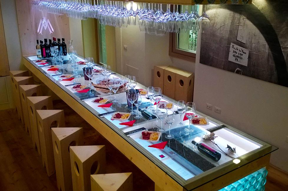 tour ebike sala degustazione vini