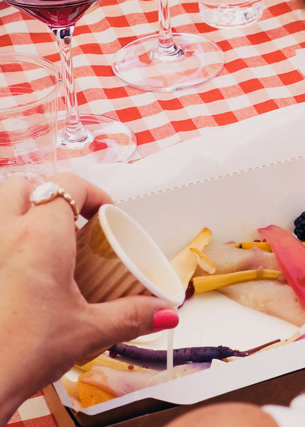 Picnic of cheeses and products from Valtellina with Marsetti wine tasting